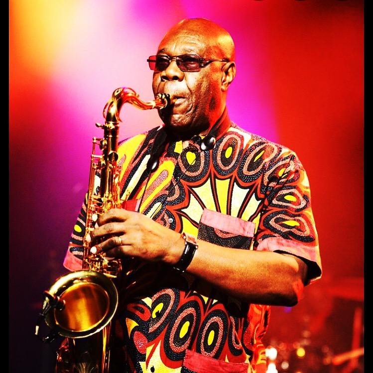 Manu Dibango: Le Roi du saxophone